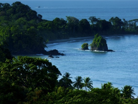 Manuel_Antonio_National_Park-527x396