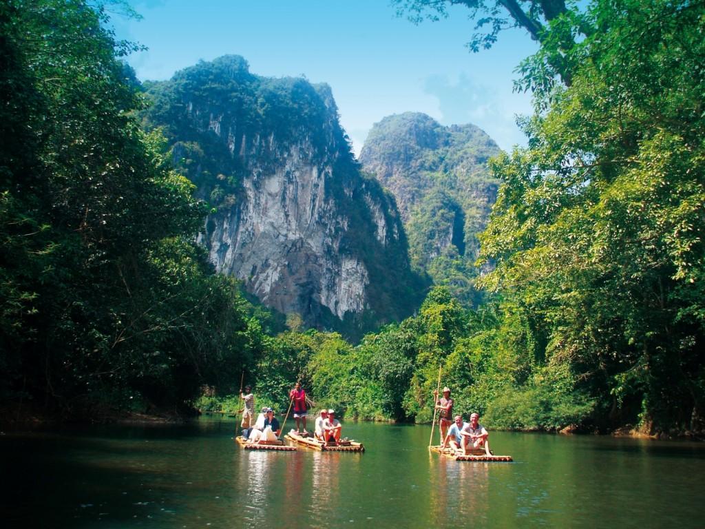 Khao Sok National park Thailand Asia Trip nature mountains amazing Banita Tour