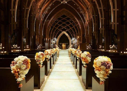 Church-Wedding-Decoration-11