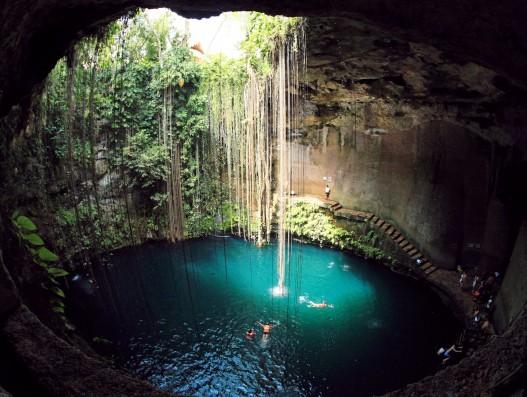 Ik-Kil cenote mexico Banita Tour