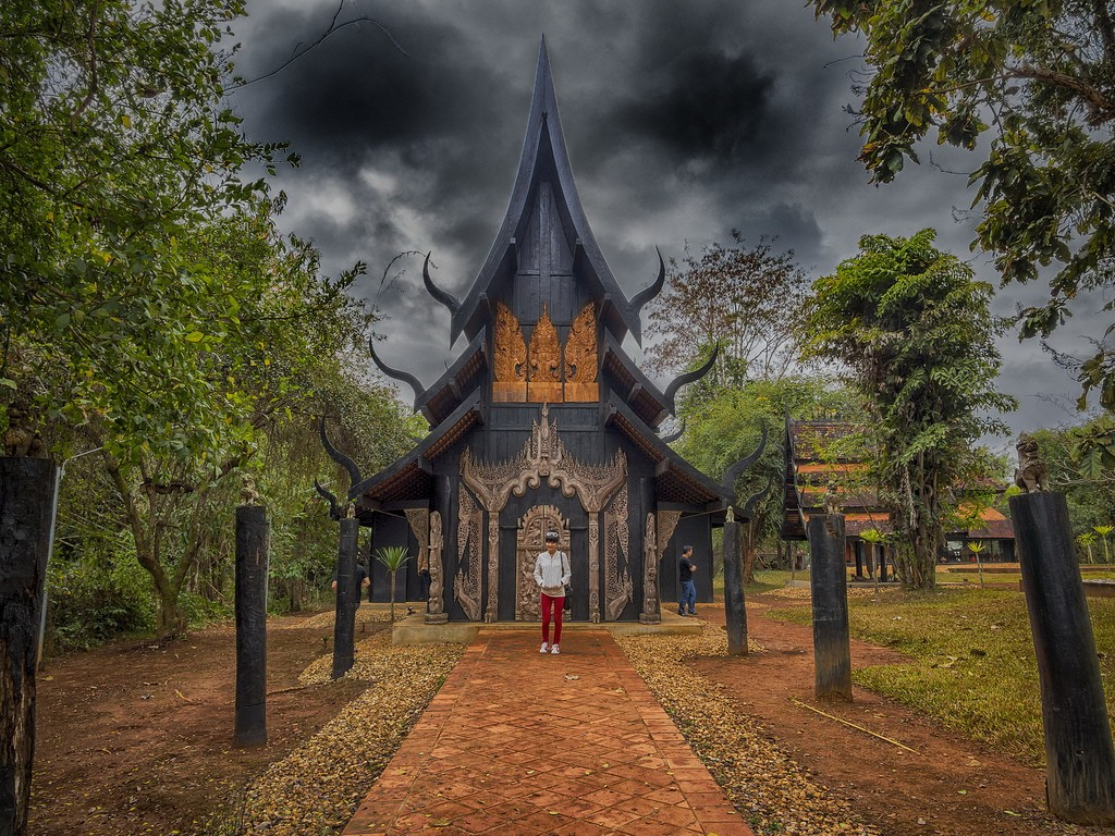 The Black Temple Chiang Rai, Thailand Asia Banita Tour