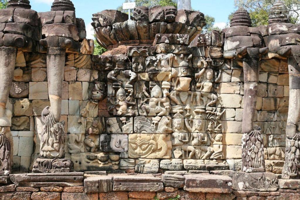 Elephants terasse Angkor Thom Asia Cambodia Banita Tour Travel