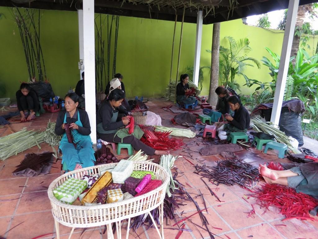 Senteurs D Angkor Shopping work shop Cambodia Siem Riep Asia Banita Tour