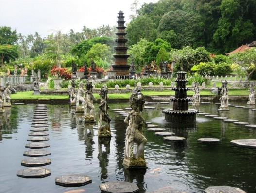 The Bali water palace – Tirtagangga Banita Tour