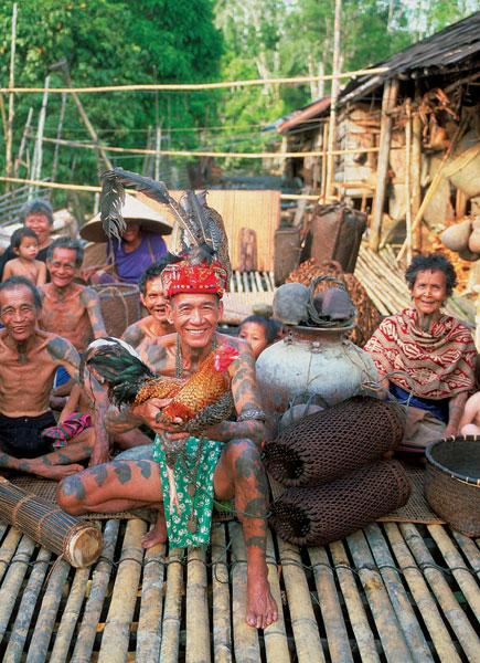 Chinese village Lachau Malaysia Borneo Sawarak Banita Tour