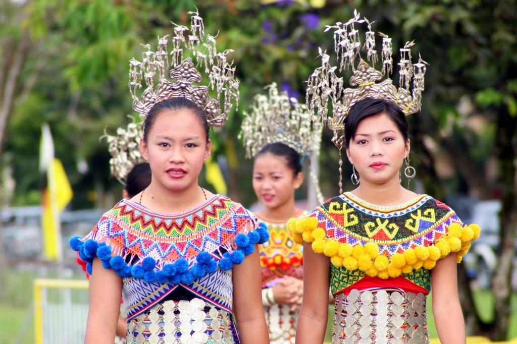 Iban Maidens Ladys Malaysia Sarawak Asia Banita Tour