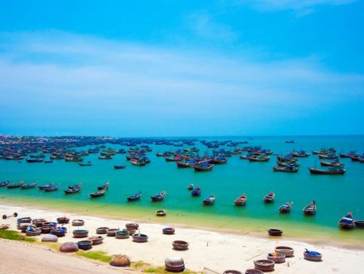 Mui Ne Boats Beach Vietnam Asia Banita Tour