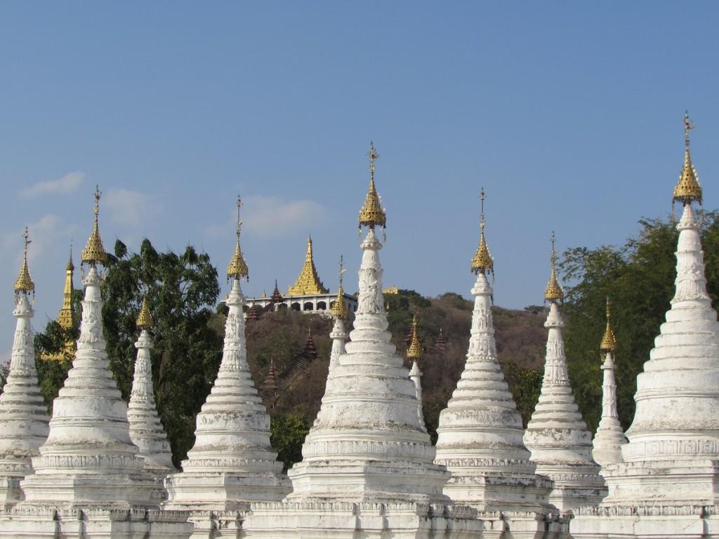 Sandamuni Pagoda, Mandalay, Burma Asia Banita Tour