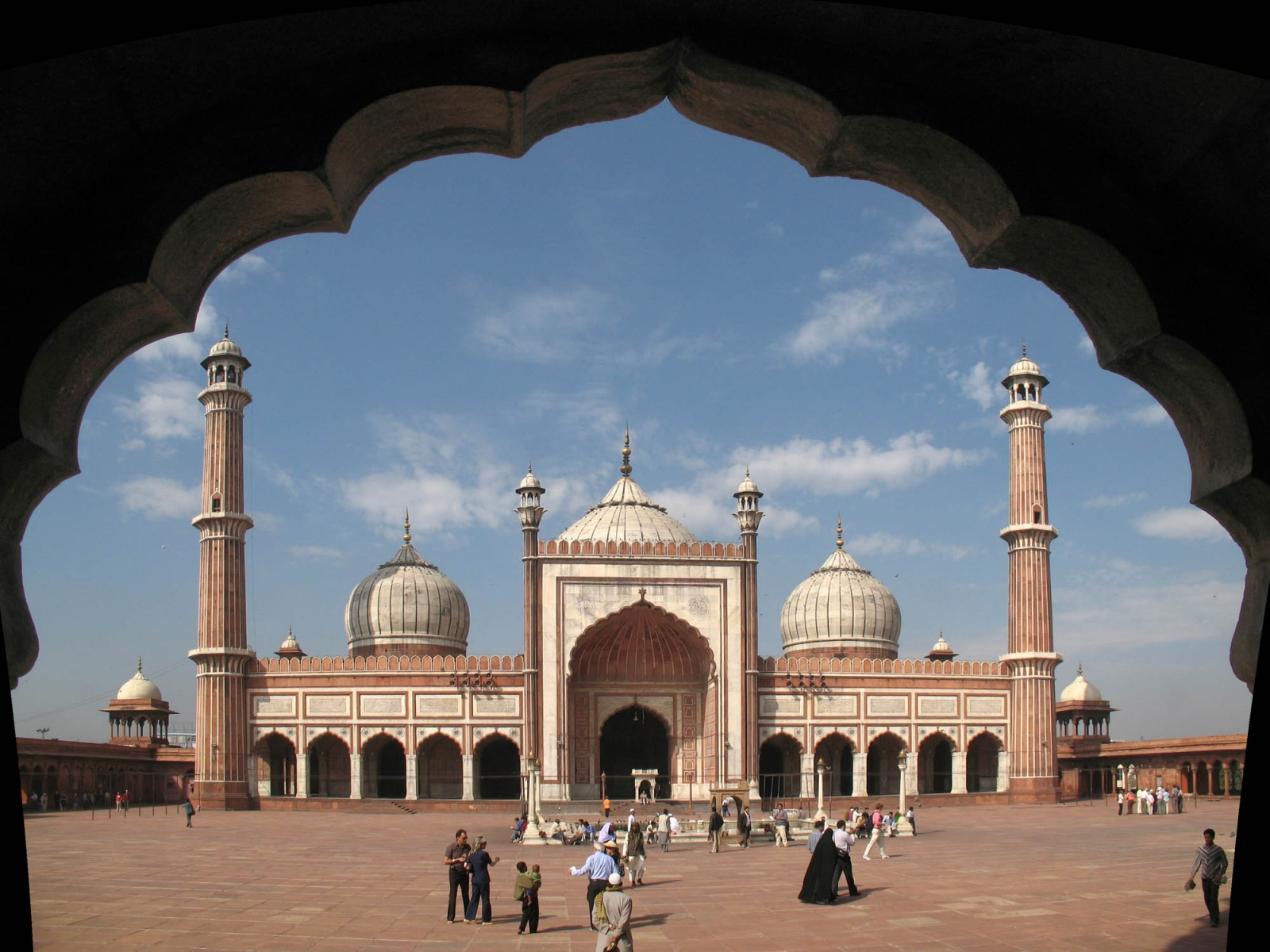 India Jama Mosque in New Delhi banita tour operator
