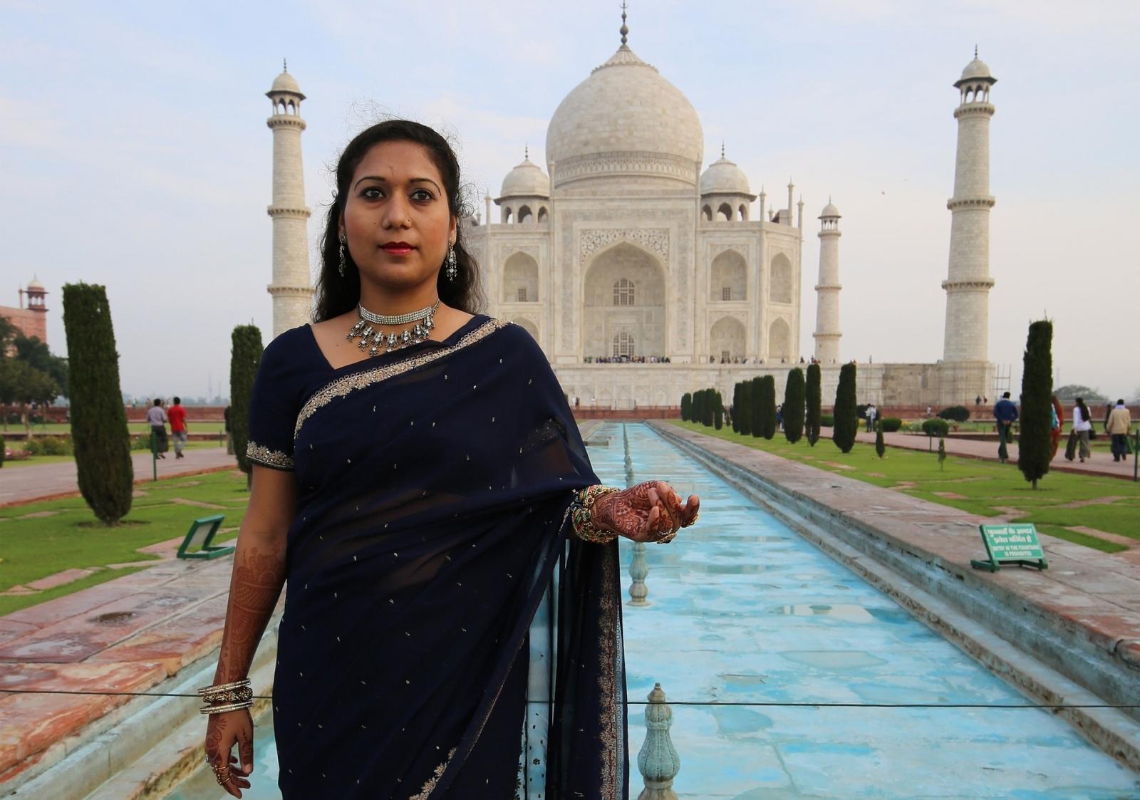Taj Mahal Agra India henna banita tour operator