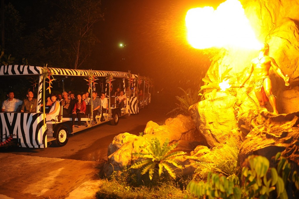 Night at the Zoo Bali Indonesia Fireshow Safari Jeep Banita Tour