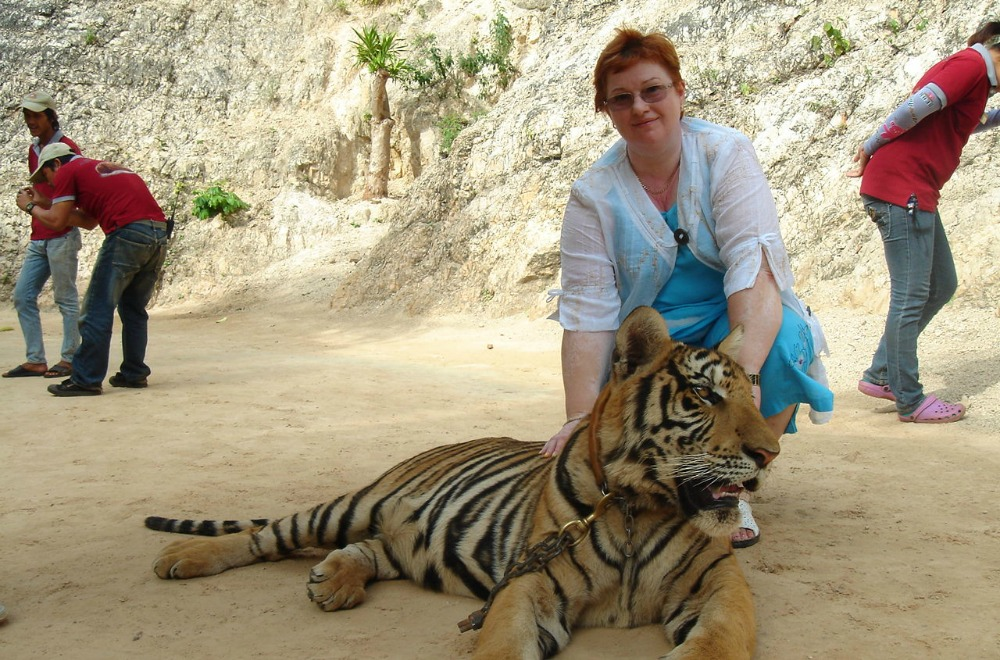 Olga Tiger Sanctuary Thailand Monks Banita Tour tourist Travel
