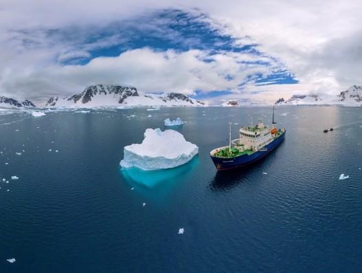 Ushuaia Cruise Ship Antarctica Banita Tour