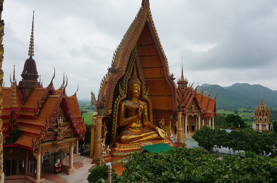 Temple cave-tiger Wat Tham Suea banita Tour travelling to Thailand Asia